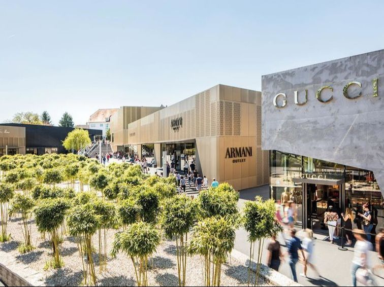 tour shopping outlet city metzingen